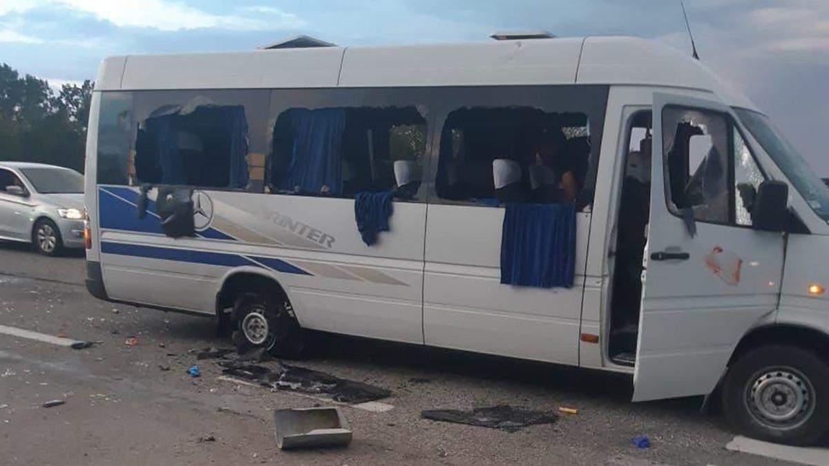 Розстріл автобуса під Харковом: що це було і до чого тут вибори?