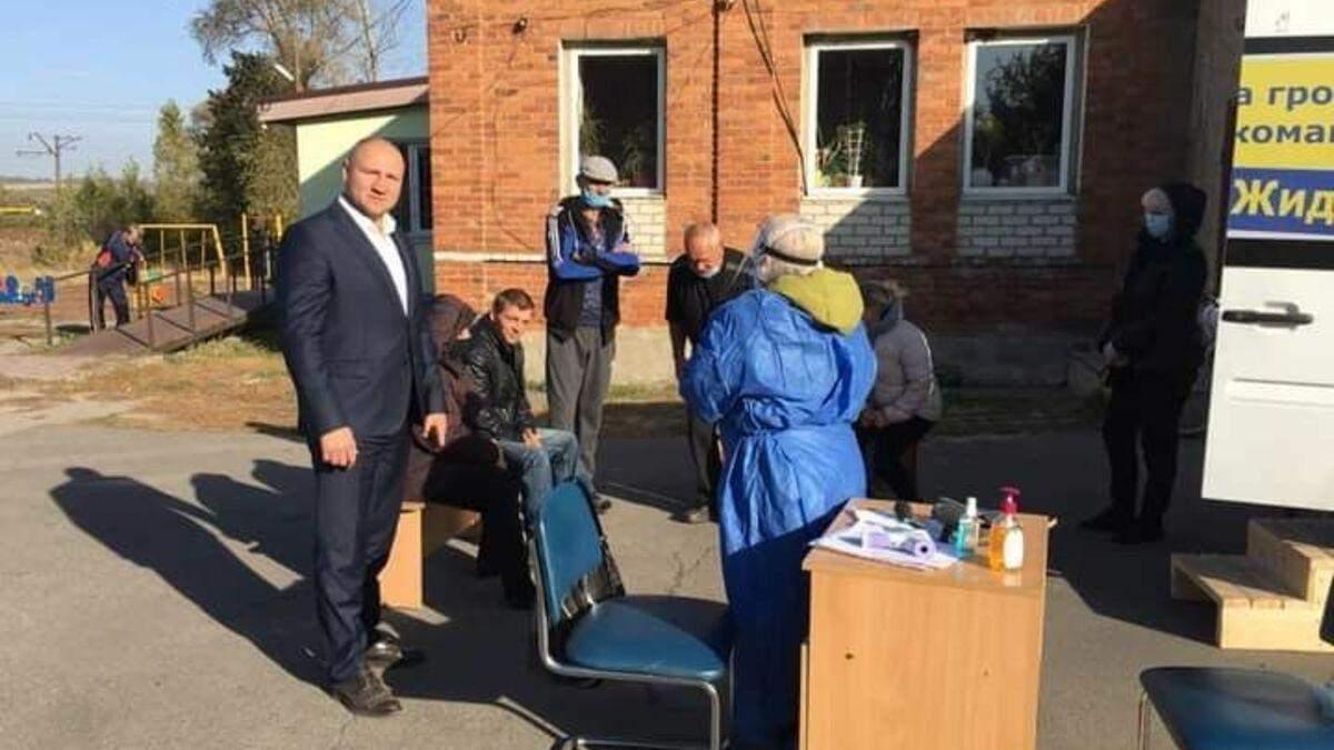На Харьковщине кандидат в мэры организовал бесплатное проведение ИФА-тестов, – Опора