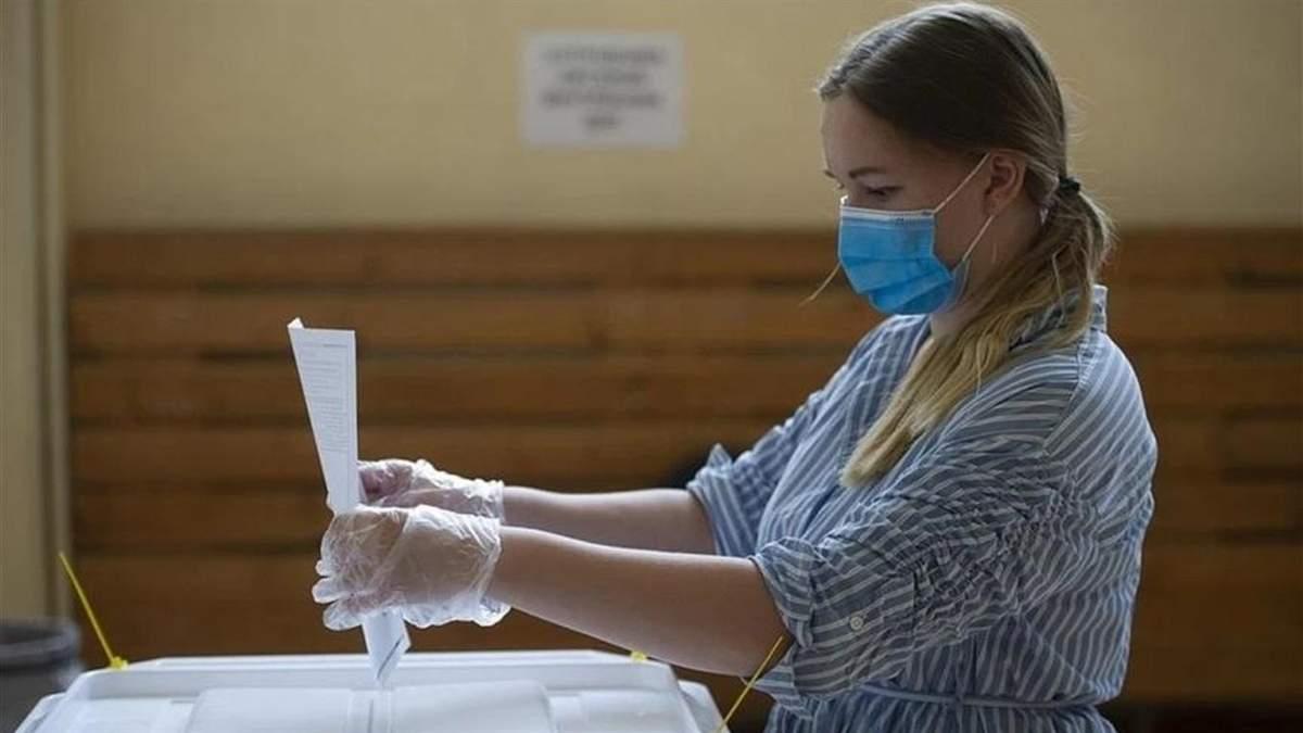 Місія – не захворіти: як проголосувати на виборах і не підхопити COVID-19