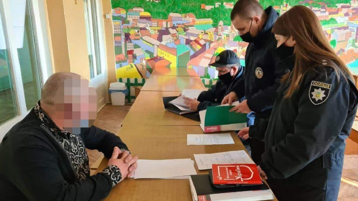 Члены УИК во Львове подписали протокол до завершения голосования