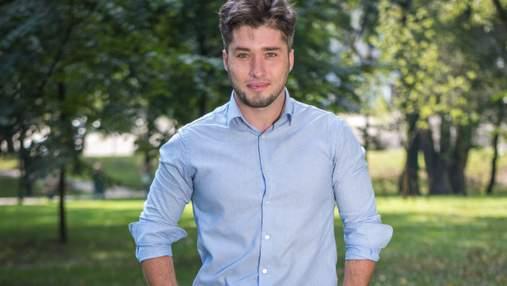 На кандидата у депутати Колтунова напали просто на виборчій дільниці: відео