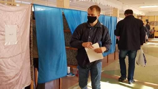 Украинцы не хотят внеочередных выборов президента, относительно парламентских – мнения разделили